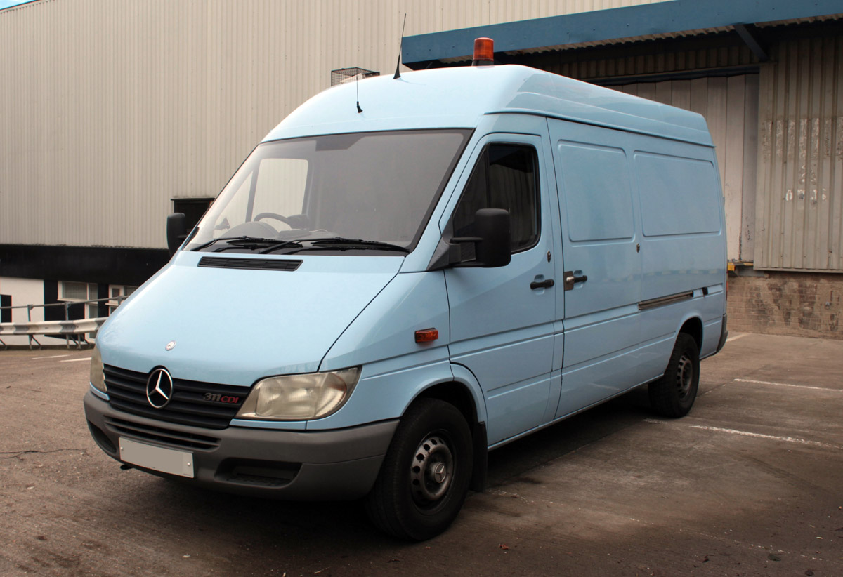 Sprinter Build Post 1 [martintype.co.uk] 01