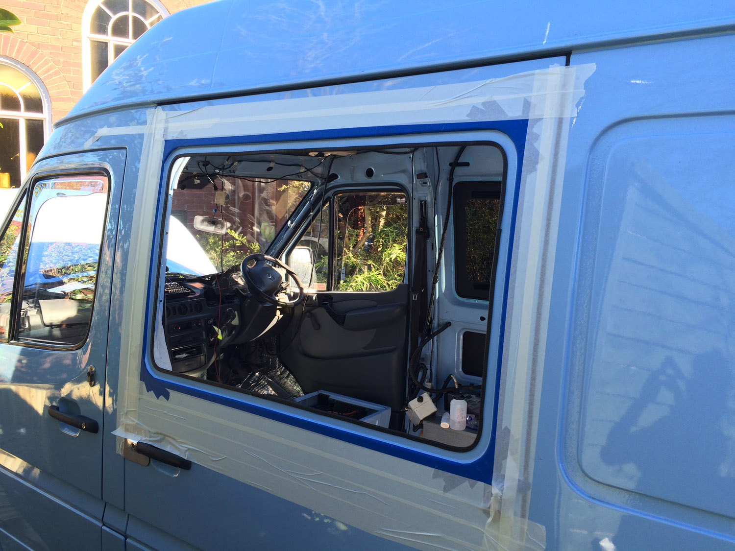 Sprinter Build Post 3 - bonded windows [martintype.co.uk] 06