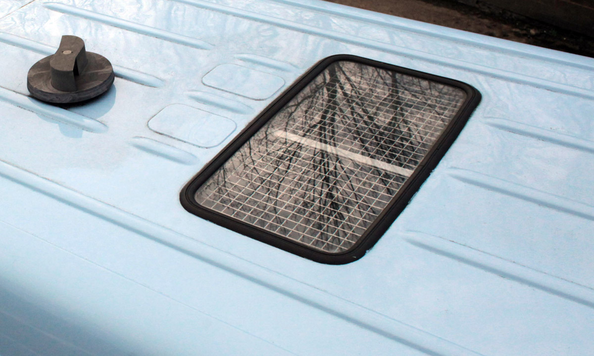 Van Build Post #4 - Removing the Mercedes factory glass sunroof